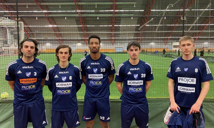 Alex de Carolis, Besfort Kalludra, Will Inalien, Filip Johansson Bahar och Oliver Kasskawo tränar den här veckan med herrlaget.